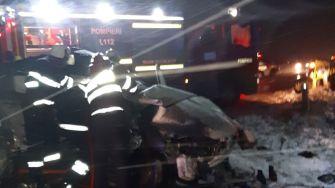 Un mort și doi răniți grav, într-un accident rutier petrecut lângă Topraisar. FOTO SAJ Constanța