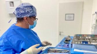 O echipă medicală a realizat la OCH o artoplastie de umăr. FOTO OCH