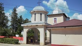 Biserică din comuna Mihai Viteazu. FOTO Paul Alexe