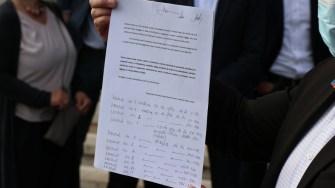 USR PLUS a strâns semnături pentru demiterea primarului din Agigea. Cristian Cîrjaliu. FOTO Adrian Boioglu