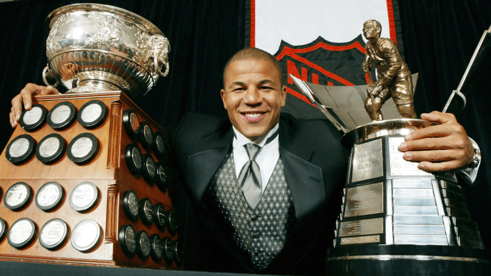 Former Calgary Flame Jarome Iginla turned to 'area man from Canada' for  Boston snowstorm report | CTV News