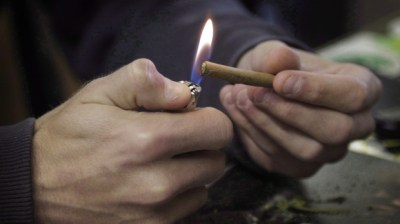 Stroke risk may double in young pot smokers: study