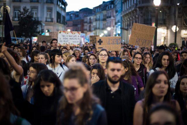Huelga feminista y brecha salarial. María va