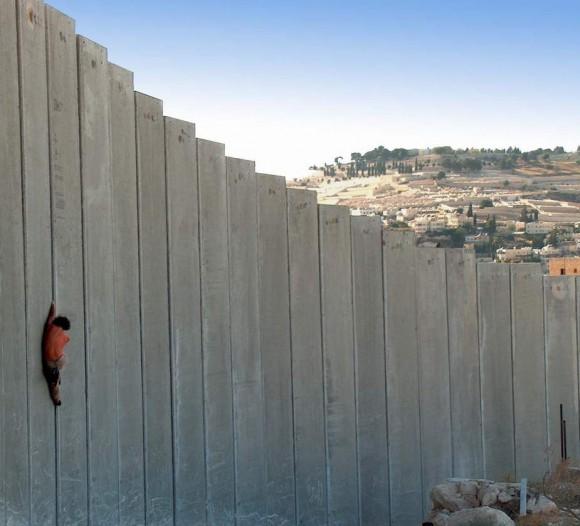 Resultado de imagen para foto muro frontera