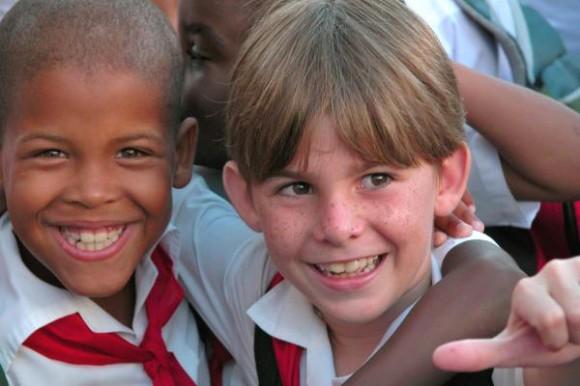 La existencia en el mundo en desarrollo de 146 millones de niños menores de cinco años bajos de peso, contrasta con la realidad de los infantes cubanos, reconocidos mundialmente por estar ajenos a ese mal social.