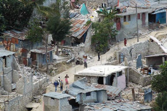 Secuelas del terremoto de 7 grados en la escala de Reatch del pasado 12 de enero en Puerto   Principe, Haití, el 16 de enero de 2010. AIN Foto: Juvenal BALAN /Periódico Granma /Enviado Especial