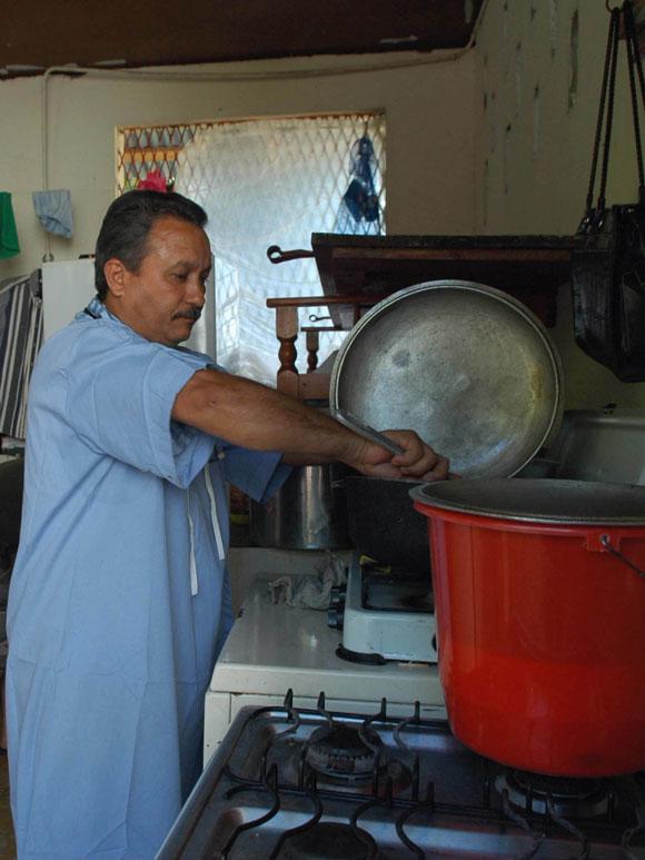 El doctor Francisco Matos quien lleva 8 meses en esta región. Hospital Saint Michel Jacmel, del departamento Sudeste en Haití. AIN Foto: Juvenal BALAN /Periódico Granma /Enviado Especial