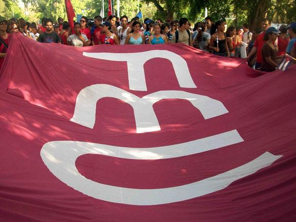 La FEU, junto a los trabajadores cubanos