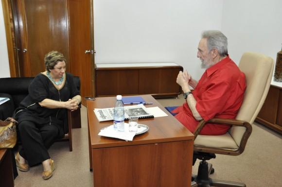 Fidel Castro y Carmen Lira