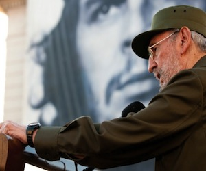 https://i2.wp.com/www.cubadebate.cu/wp-content/uploads/2010/09/fidel-press1.jpg
