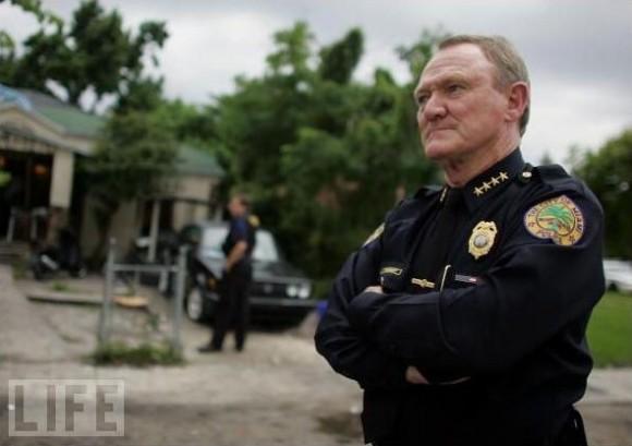 John Timoney, el ex jefe de la Policía de Miami. Foto: Life