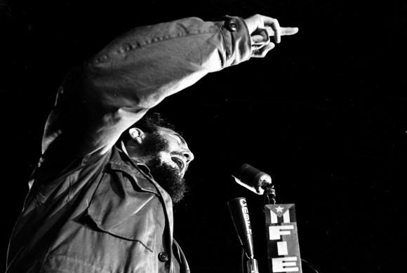 Fidel Castro en la Universidad de La Habana, el 27 de noviembre de 1960. Foto: Liborio Noval