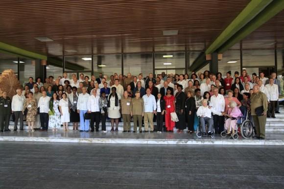 Editorial Cuba Nuestra, primero de Mayo de 2011: Del comunismo cubano y el socialismo postergado. A propósito de VI Congreso del PCC (3/6)