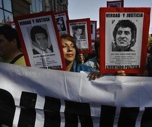 Menor herida de bala y 280 detenidos en Chile