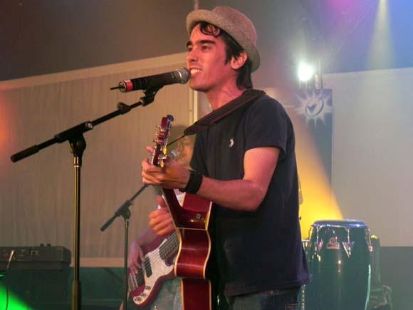 Entre los artistas que han obtenido varias nominaciones se encuentra Adrián Berazain, quien actuó en la Gala. Foto: Marianela Dufflar