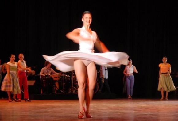 Obras emblemáticas del Ballet Lizt Alfonso, en su 20 aniversario en escena, en el Karl Marx, en La Habana, Cuba, el 28 de octubre de 2011. AIN FOTO/ Tony HERNÁNDEZ MENA