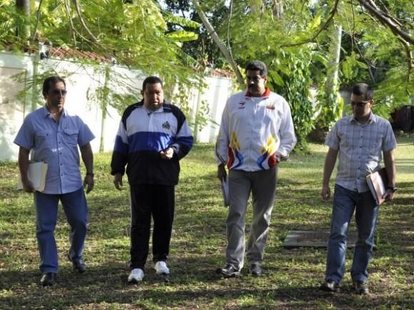 Hugo Chávez en Cuba. Foto: AVN