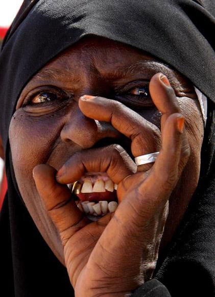 Grito de júbilo común en las tribus africanas. Foto: Ismael Francisco/Cubadebate.