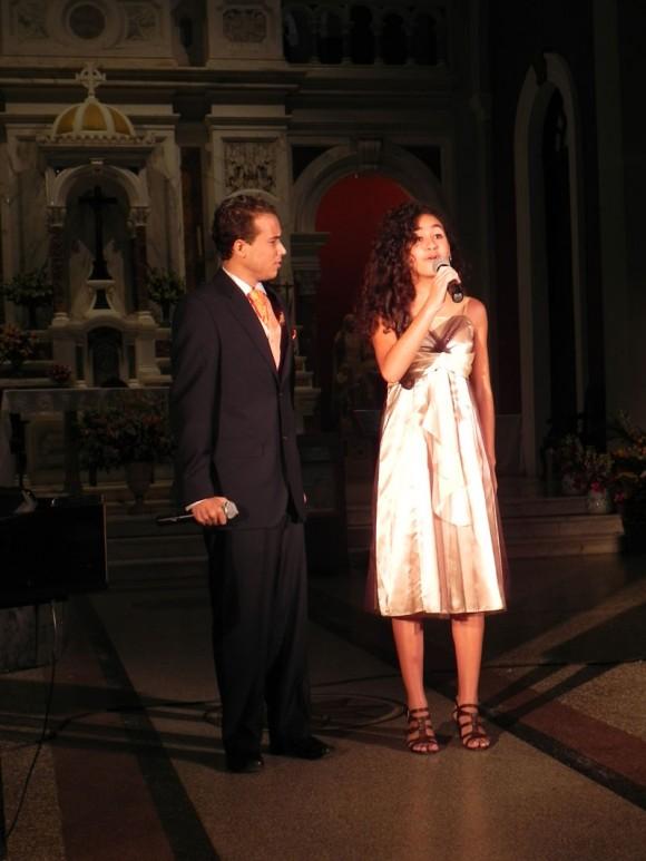 Jóvenes actores participaron en la Serenata. Foto: Marianela Dufflar/Cubadebate