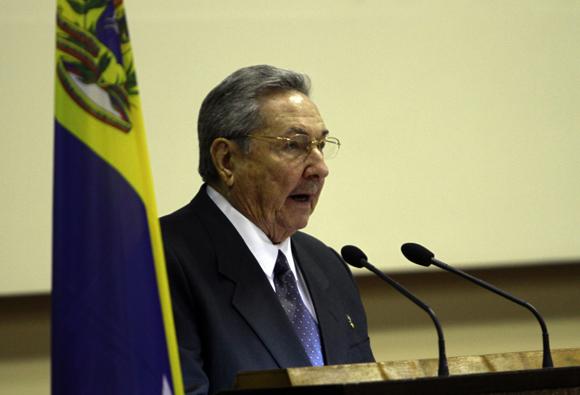 Intervención de  Raúl Castro, presidente de Cuba en la clausura de la Comisión Intergubernamental Cuba-Venezuela. Foto: Ismael Francisco/Cubadebate.