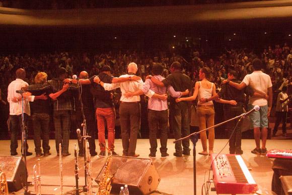 Cierre del concierto. Foto: Alejandro Ramírez Anderson.