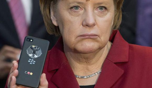 La canciller de Alemania, Angela Merkel, sospecha que fue espiada. Foto: Archivo.