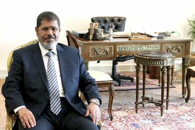 Mohamed Mursi corre el riesgo de ser condenado a pena capital. Foto: Archivo.