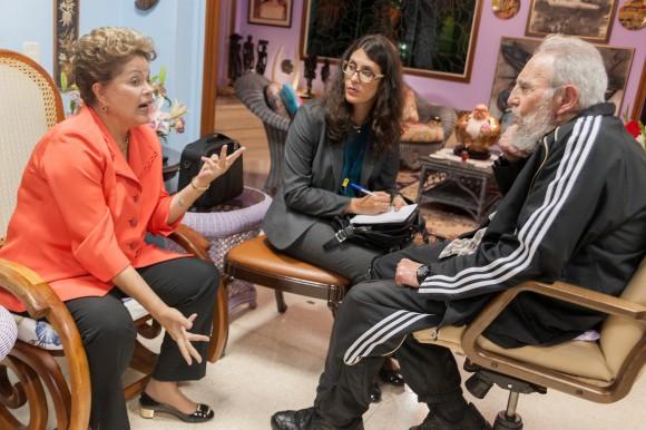 Fidel se reunión con la presidenta brasileña, Dilma Rousseff. Foto: Alex Castro. Pinche la imagen para que se abra en alta resolución.