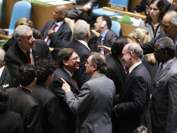 El Canciller cubano Bruno Rodríguez después de la votación contra el bloqueo en ONU. Foto AP / ONU, Rick Bajornas .