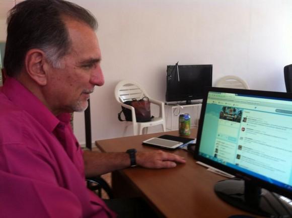 Rene Gonzalez en Twitter. Foto: David Vázquez.