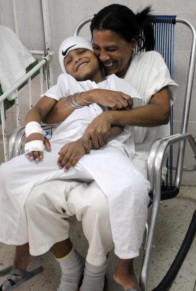 Paciente de la sala de pediatría del  Instituto Nacional de Oncología y Radiología (INOR) de La Habana, Cuba, el 15 de agosto de 2014.   AIN FOTO/Abel PADRÓN PADILLA