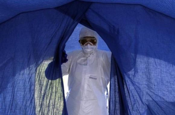 Médicos cubanos en el entrenamiento en La Habana para combatir el Ébola. Foto: Ladyrene Pérez/ Cubadebate