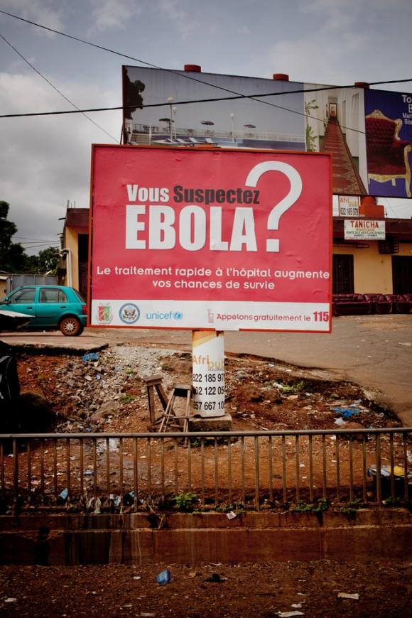 Ébola (1)