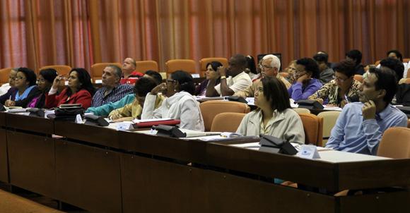 Asamblea Nacional Trabajo en Comisiones, Sala 3 Asuntos Economicos. Foto: Ismael Francisco/Cubadebate.