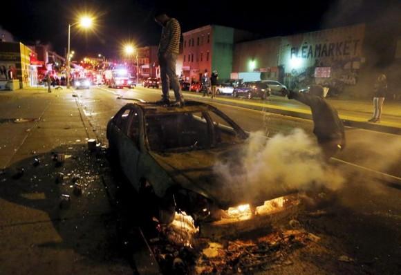 El gobernador del Estado de Maryland, Larry Hogan, declaró el estado de emergencia. Foto: Boston Globe