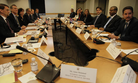 La delegación oficial cubana a la Tercera ronda de Conversaciones Cuba-EEUU. Foto: Ismael Francisco/ Cubadebate