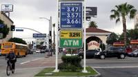 En EE.UU. la gasolina se compra en galones y no en litros, como en el resto del mundo.