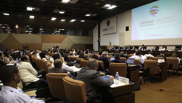 Finaliza Conferencia Internacional Nuevos Escenarios de la Comunicación Política en el Ámbito Digital. Foto: Ismael Francisco/ Cubadebate
