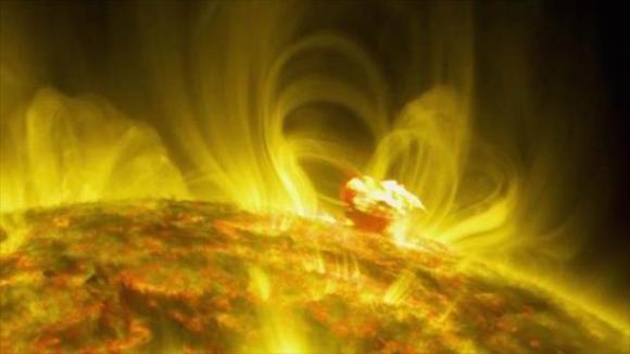 Las tormentas solares dirigidas hacia la Tierra son la mayor amenaza que enfrentamos.