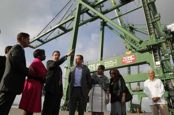 El Gobernador de Nueva York Andrew Cuomo visitó la ZDE Mariel el 21 de abril de 2015. Foto: Sitio web ZDE Mariel