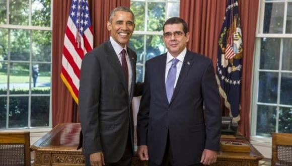 El presidente de Estados Unidos, Barack Obama, recibe al embajador cubano