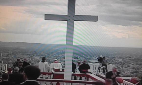 Papa bendice la ciudad de Holguín