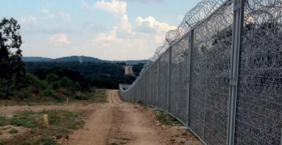 Valla fronteriza entre Turquía y Bulgaria en la localidad de Kraynovo.- FRONTEX