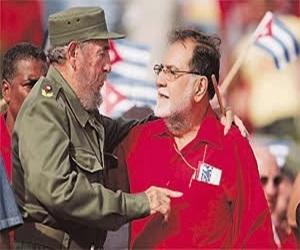 Schafik Hándal y Fidel Castro.