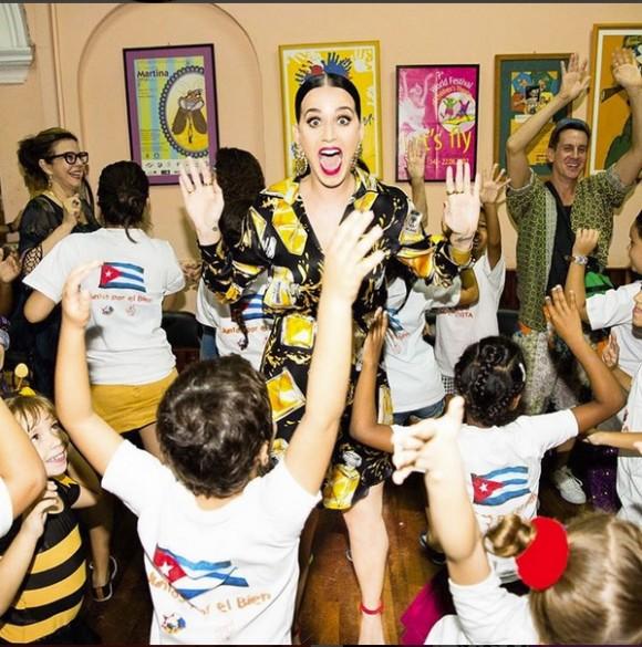 Katy Perry con La Colmenita. Foto: Cuenta de Instagram de la cantante