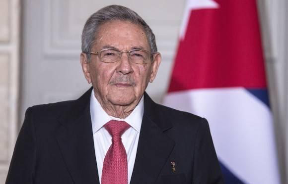 El Presidente Raúl Castro en París. Concluye hoy visita de Estado a Francia. Foto: AP/ Pool