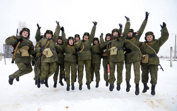 Mujeres en el Ejército Ruso. Foto tomada de Actualidad RT.