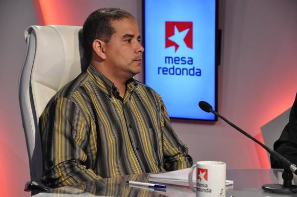 Jefe de Información Nacional del periódico Juventud Rebelde, Yoerky Sánchez Cuéllar