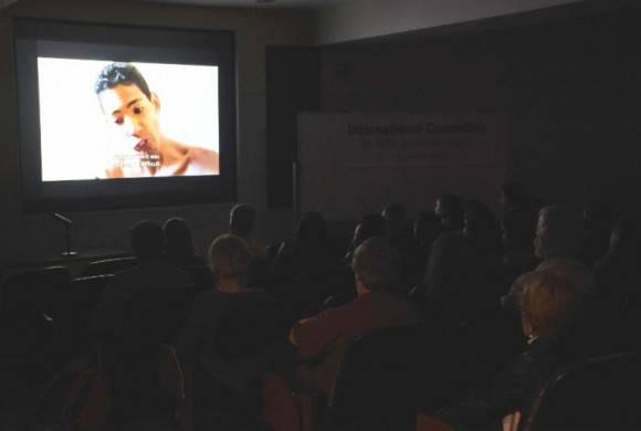 Presentaciones del Documental El Poder de los Débiles. Foto: Bill Hackwell