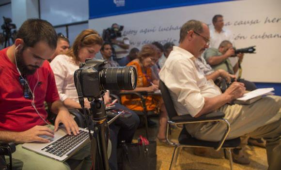 Conferencia de prensa de Josefina Vidal, directora general de EEUU de la Cancillería cubana, tras la tercera ronda de la Comisión Bilateral Cuba-EEUU. Foto: Ismael Francisco/ Cubadebate